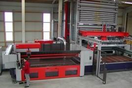 Produktion, Fabrikhalle, Rohrlaserschneiden